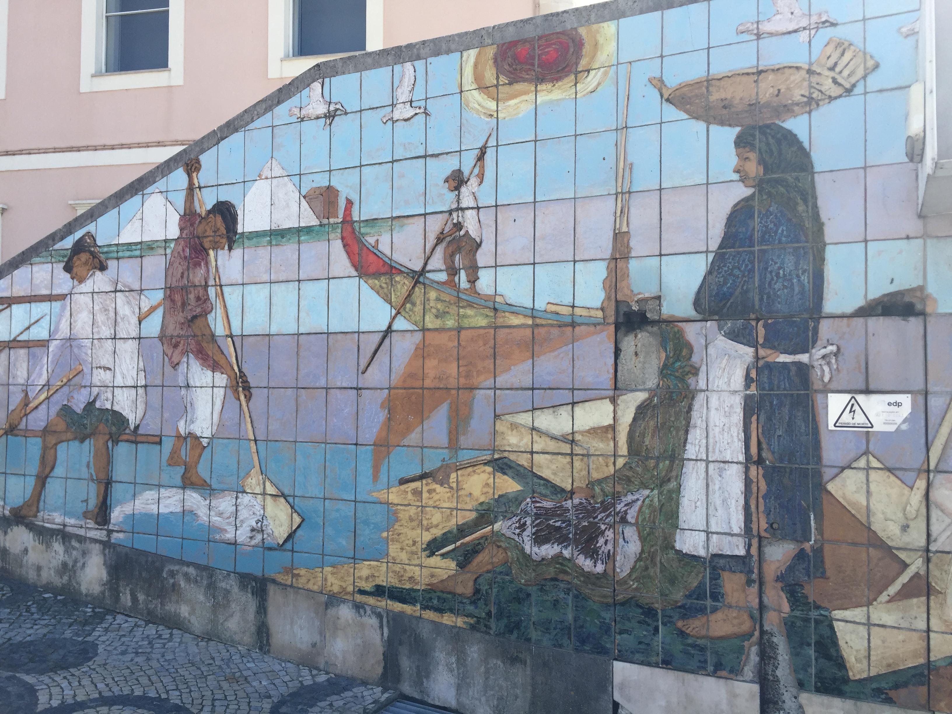 Mural de pescadores en Aveiro