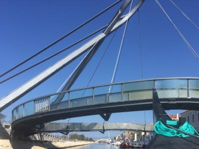 Puente circular en Aveiro