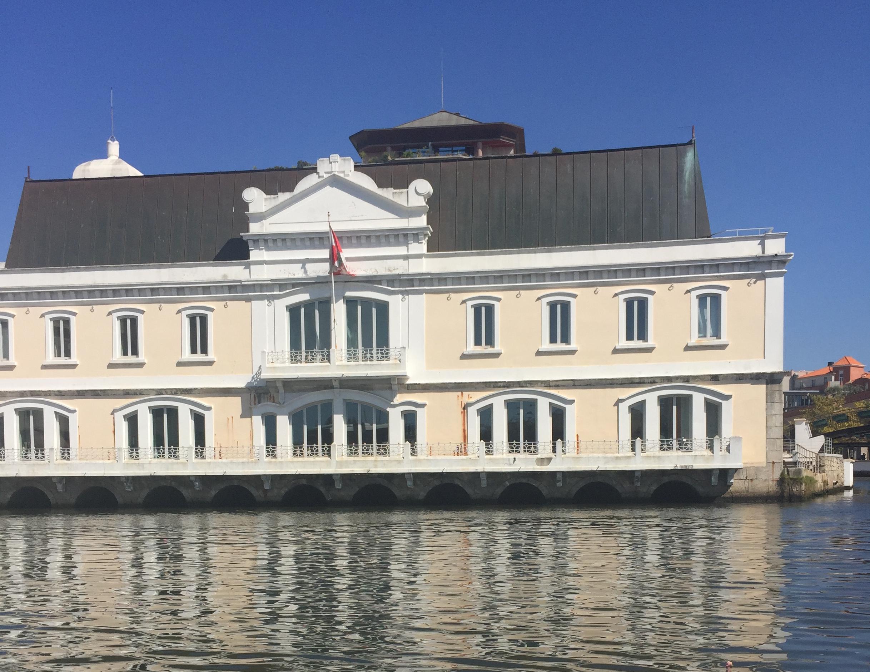 Edificio de Aveiro.